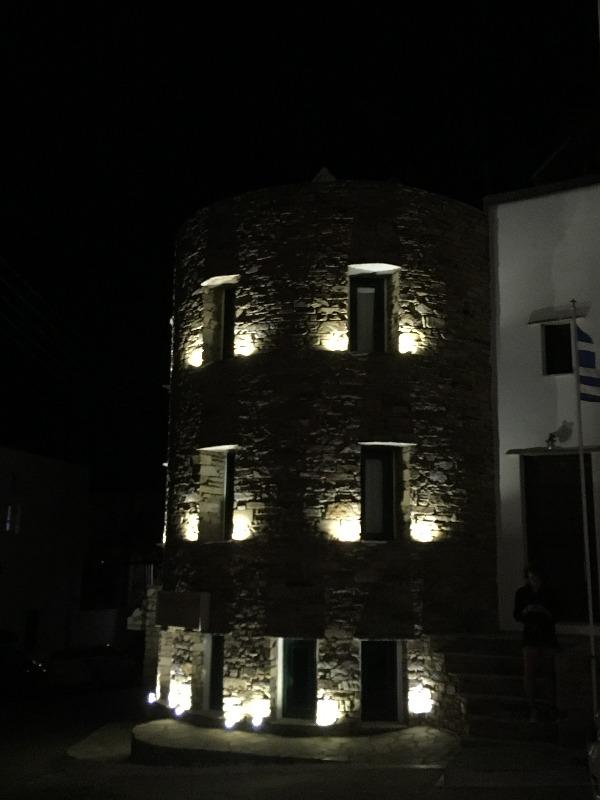 Ночь в замке или где остановиться на острове Тинос 23