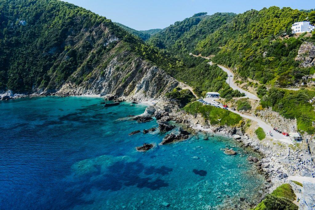 Где в Греции можно встретить знаменитость или где отдыхают звезды? 10