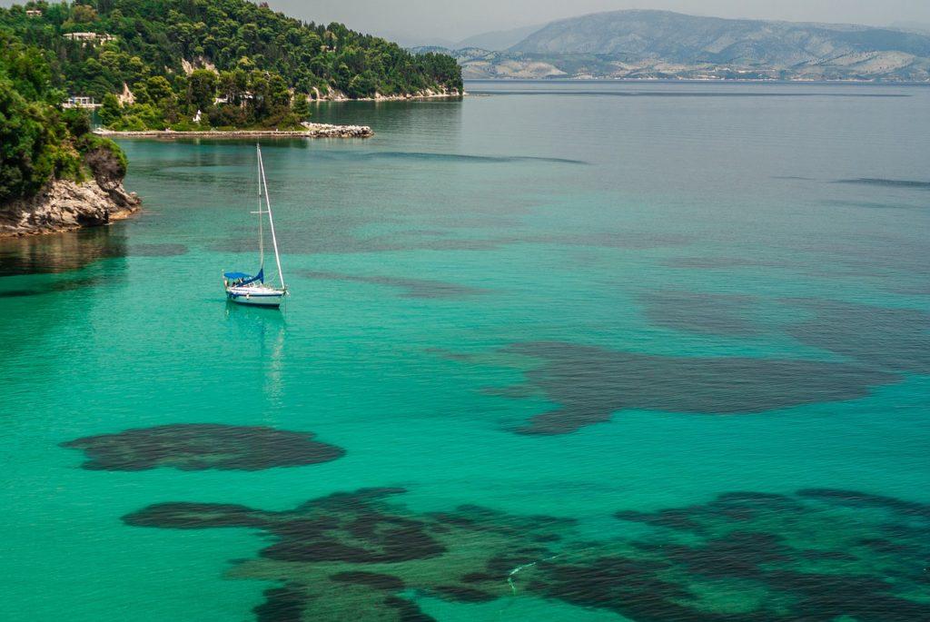 Где в Греции можно встретить знаменитость или где отдыхают звезды? 6