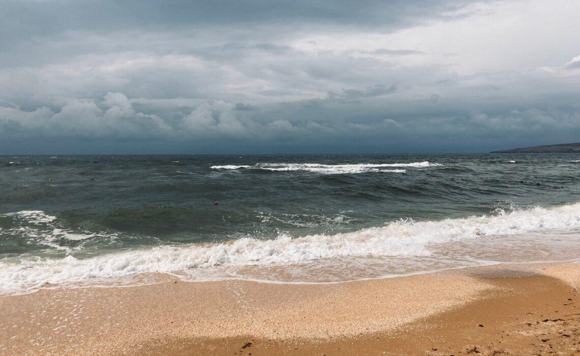 Крым. Щелкино 30 лет спустя. Море